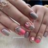 Ideias de unhas com joias